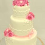 bruidstaart huwelijkstaart roze rozen bloemen lint strik kant wit geel herentals turnhout kasterlee mol balen westerlo olen