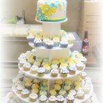 cupcaketoren huwelijk blauw geel babyborrel